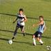 Gabriel Solís asiste ante la marca de un rival