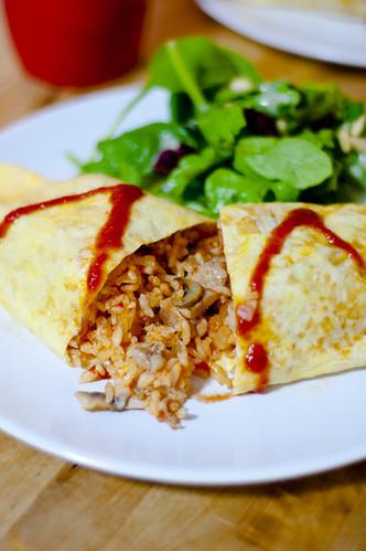 Japanese Omelette Rice (Omurice)