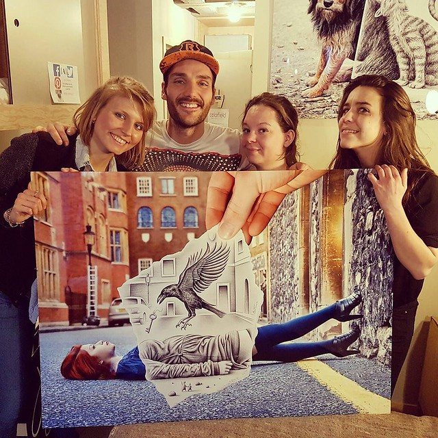 Great team for my exhibition! #benheineart #colorfieldgallery #team #brussels #jamhotel #jam #exhibition #exposition #pencilvscamera #art #prints #dessin #photographie