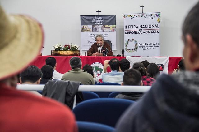 """""""A terra não pode ser calvário de pobreza, mas meio de libertação"""", diz Pepe Mujica"""