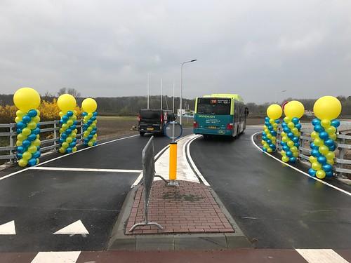 Ballonpilaar Breed Rond Opening Busbaan Velsen