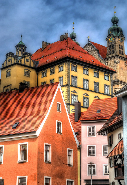 Landsberg altstadt stadtmuseum dahinter die heilig - Landsberg mobel ...