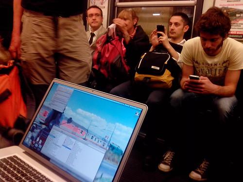 In metro come in ufficio by Ylbert Durishti