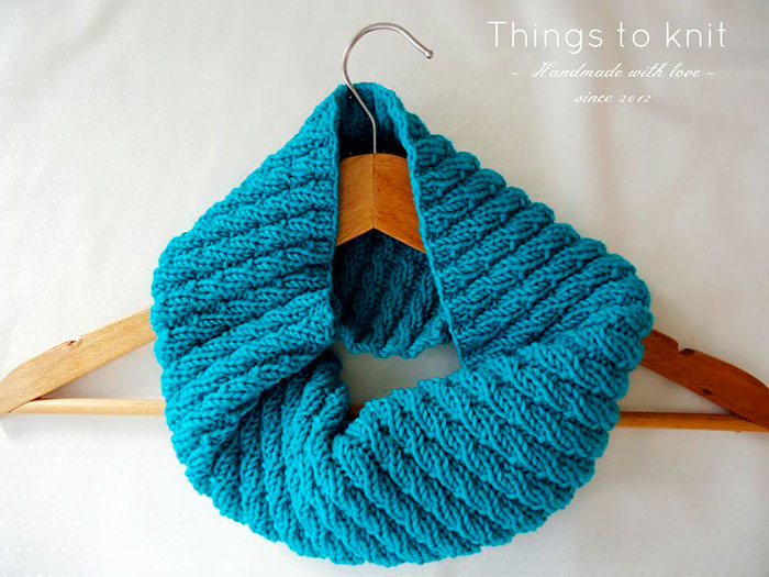 a simple cowl
