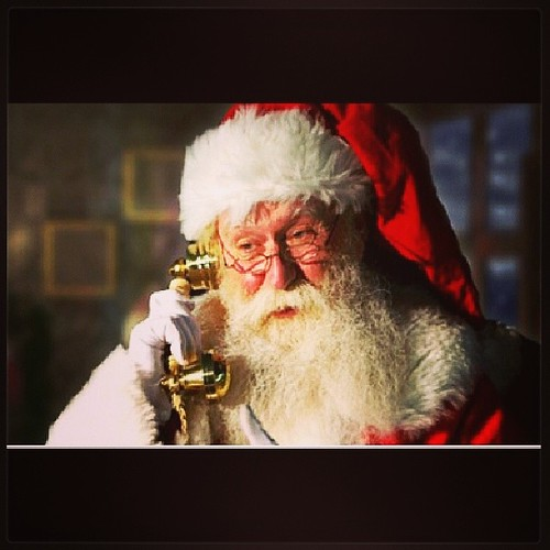 Let your kids call Santa and leave him a message with their wish lists! Hotline number is (951) 262-3062 #Santa #hotline #wishlist #Christmas #kids #phone #naughtyornice #rocketcitywraps