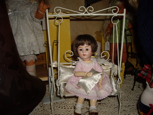 Les poupées de ma maison  11340766695_0ced73a9dc