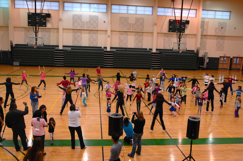 The Dallas Cowboys Cheerleaders visited Camp Humphreys