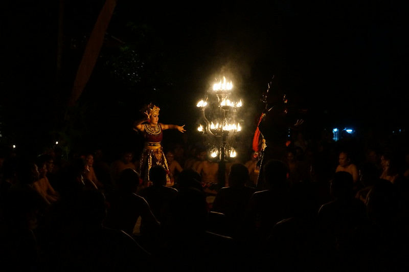 'Kecak Ramayana and Fire Dance' show by the candlelight.