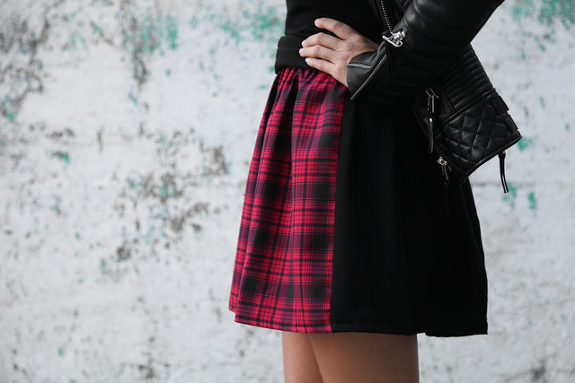 Geneva Vanderzeil from A Pair and a Spare makes a Tartan Skirt