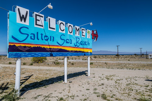 Welcome Salton Sea Beach