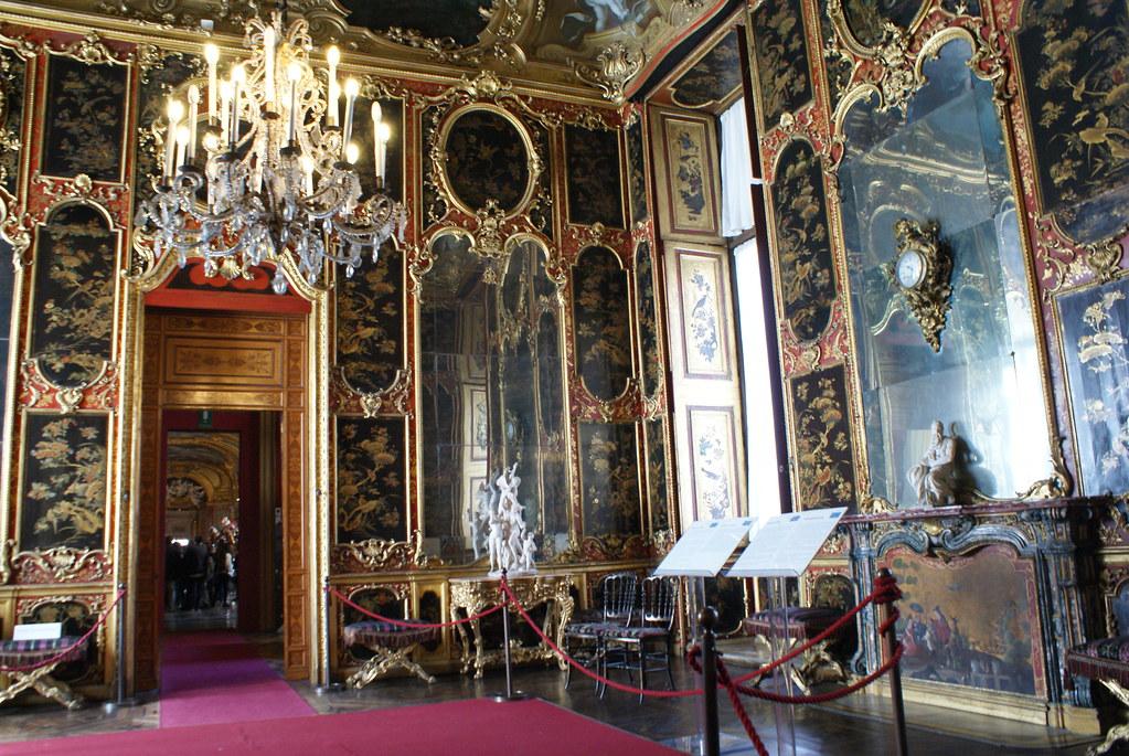 Cabinet chinois dans le Palais Royal de Turin.