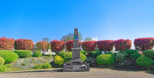 Monument aux morts d'Andoins