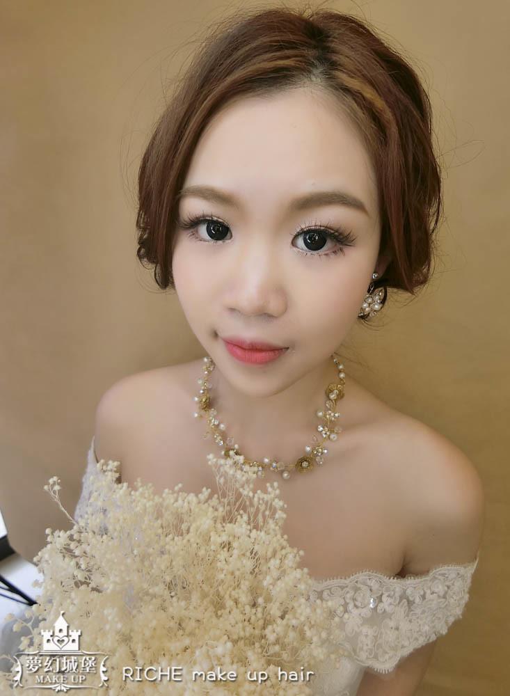 【新秘RICHE】新娘造型創作 / 線條感低盤髮
