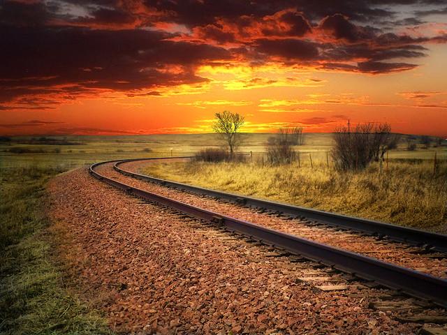Tracks turn