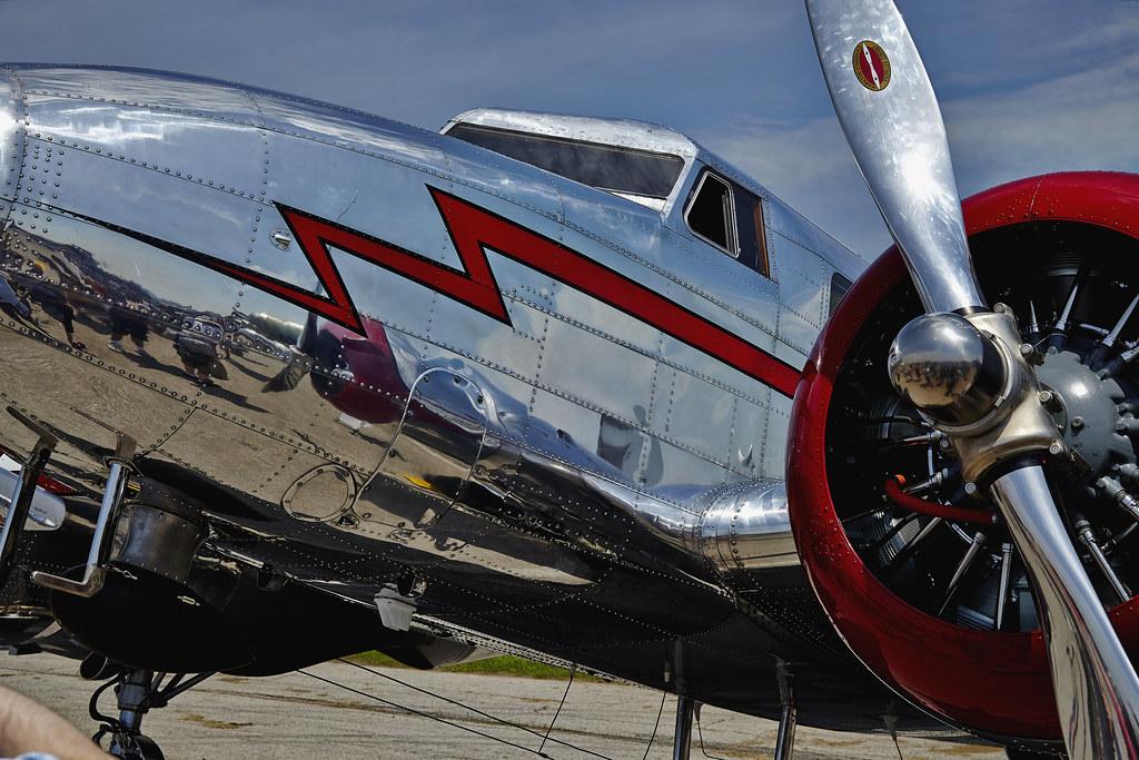 Hamilton Airshow Lockheed 12
