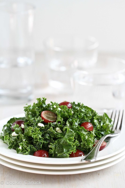 Chopped Kale Salad Recipe with Grapes & Feta Cheese, 129 calories and 3 Weight Watchers SmartPoints #recipe #salad #vegetarian