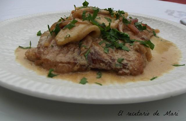 bistec de cerdo con salsa cremosa de manzana (3)