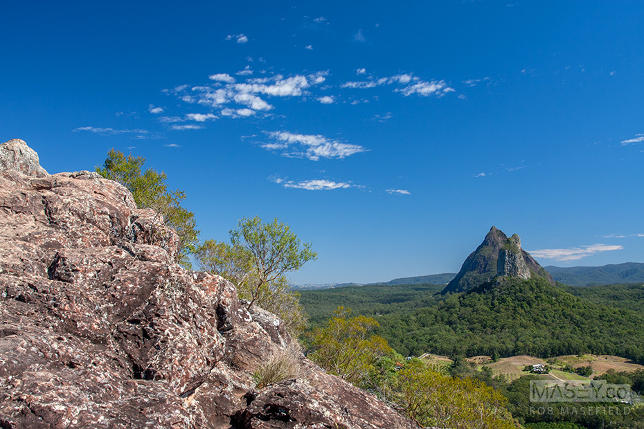 A perfectly aligned view of both Mt Coonoowrin (377m) and Mt Beerwah (556m) from the top of Mt Ngungan (253m).