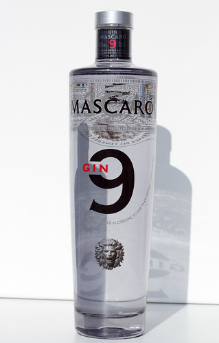Mascaró Gin 9