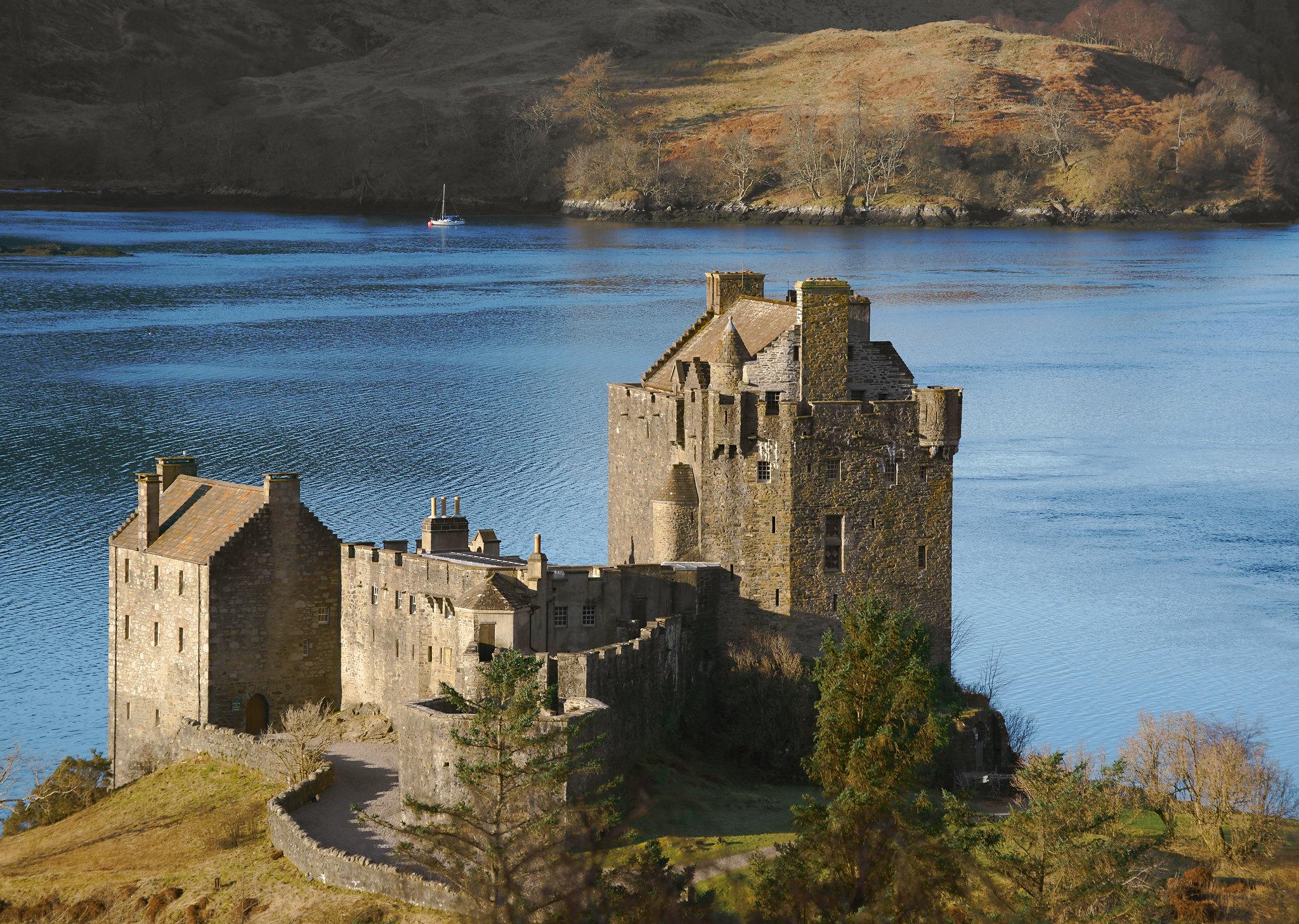 46 highlands Eilean Donan Castle