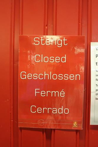 Stengt Closed Geschlossen Fermé Cerrado