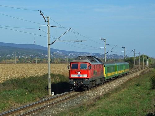 mountain landscape hill rail railway ludmilla mecsek vonat vasút mozdony gyesev bicsérd 651004