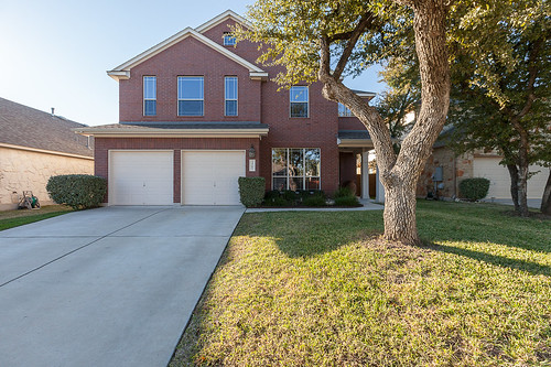Home for Sale 3761 Gentle Winds Lane, Round Rock, TX - Mayfield Ranch