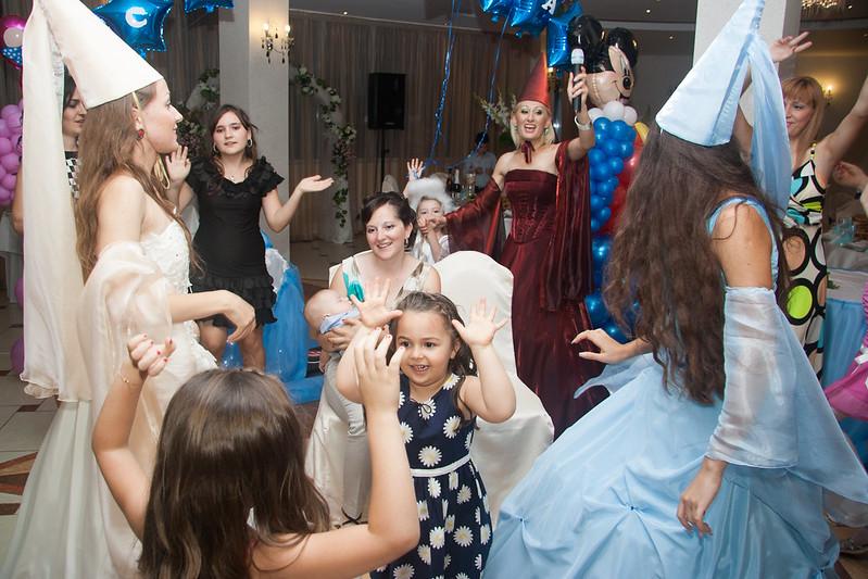 Natalia Procopii - moderatoare la nunţi, cumetrii şi alte festivităţi! > Foto din galeria `Fara titlu`
