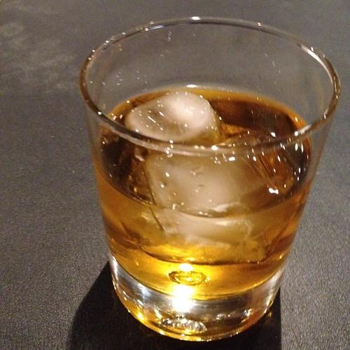 A glass of Licor 43