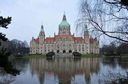 New Cityhall (Rathaus)