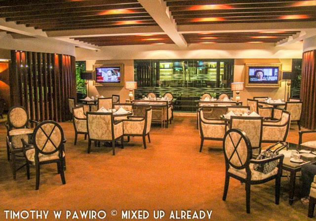 Philippines - Manila - Dusit Thani - Club Lounge - The Lounge