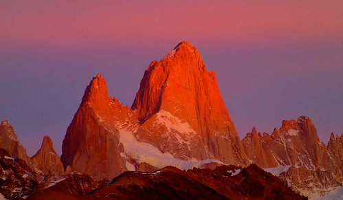 Sat, 2014-03-15 07:39 - Fitz Roy in alpenglow