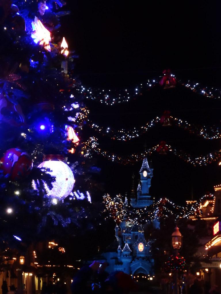 Un séjour pour la Noël à Disneyland et au Royaume d'Arendelle.... - Page 5 13717477254_69b5d51370_b