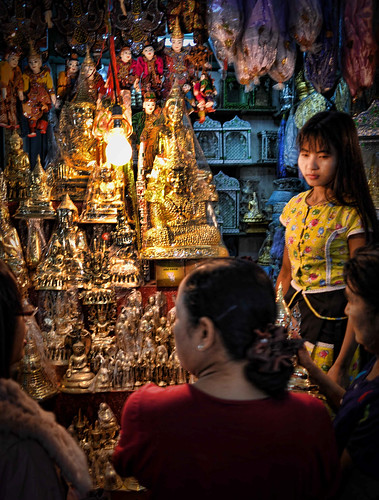 buddhas burma holidays lightroom mahamunibuddhatemple mandalay markets myanmar onestoptraveltours topazlabs