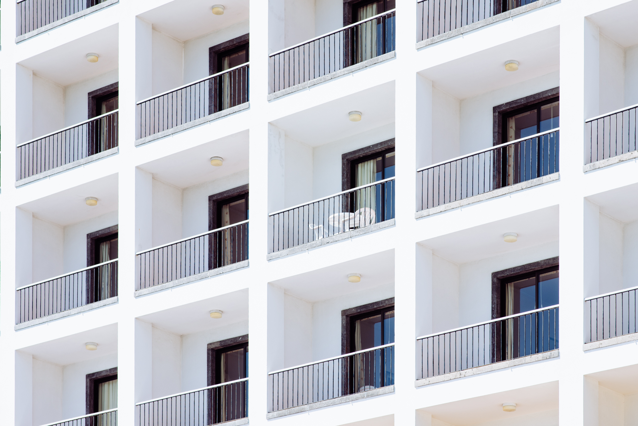 Üres szállodák Ponta Delgadaban az Azori-szigeteken
