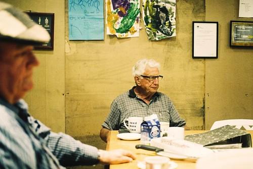 #film #35mm #mensshed #cooranbong #oldman #teabreak #vsco  #analoguepeople #filmfeed #filmsnotdead #filmcommunity #filmphoto #analoguephoto #ilovefilm #analoguephotography #analogue #keepfilmalive #sharefilm #greendesk #somewheremagazine #thefilmfolk #hey