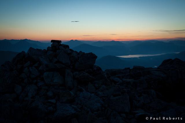 Summit of Stob Coire Raineach on Buachaille Etive Beag, pre-sunrise [IMG_2382]