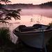 Morgennebel über dem Madsjön im Dalsland / Schweden by lbbad