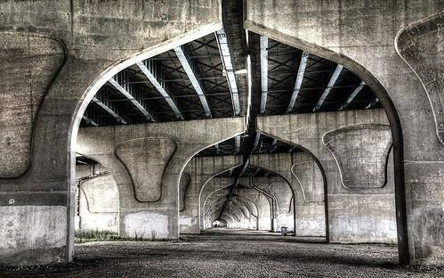 bridge wisconsin under overpass viaduct milwaukee bayview expressway hdr jonesisland nikond90
