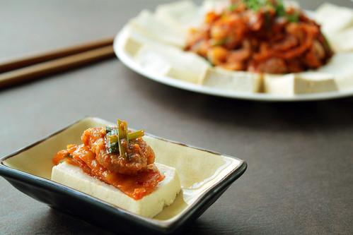 Tofu Kimchi [두부김치]