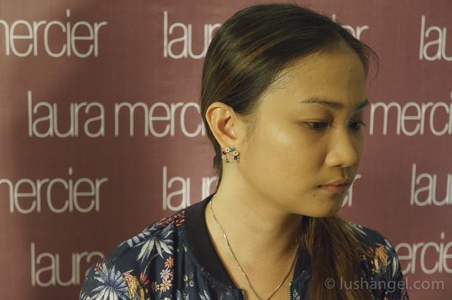 laura-mercier-smooth-finish-foundation