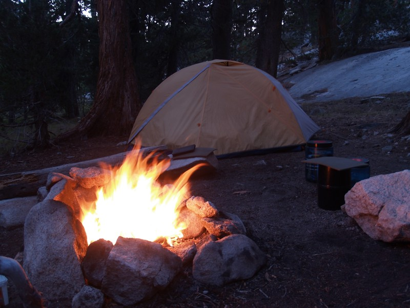 Campfire burning in our campsite in Glen Aulin