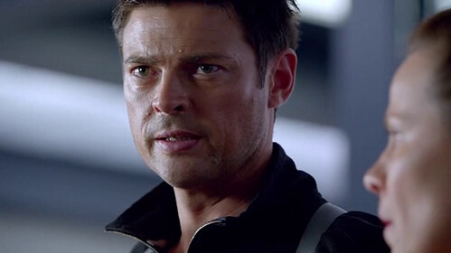 Karl Urban in Almost Human