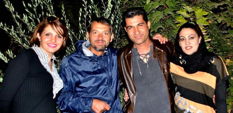 18 Fiesta y bailoteo en casa de Parisa en Shiraz (24)