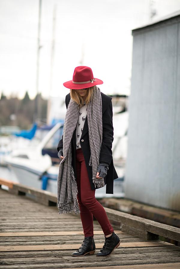 eatsleepwear, trina-turk, skull-cashmere, joes-jeans, modern-vice