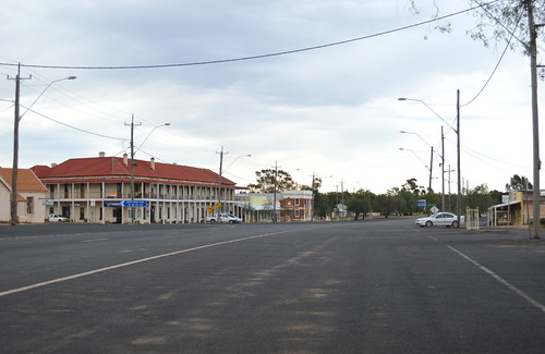 Main street, Trundle