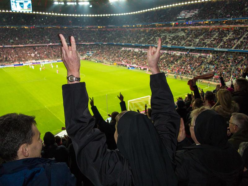 SoccerNuns_Munich, Ger_G.LHeureux-2898