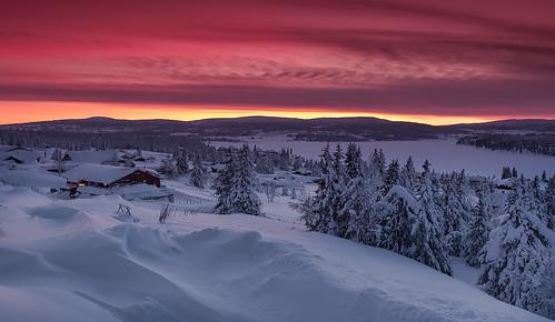 winter norway night sunrise norge cloudy lillehammer nordseter noorwegen crosscountryski oppland sjusjoen pwwinter