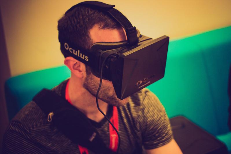 Nan Wearing Oculus Rift at the Samsung Blogger Lounge
