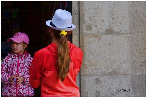 Turistas by Miguel Allué Aguilar